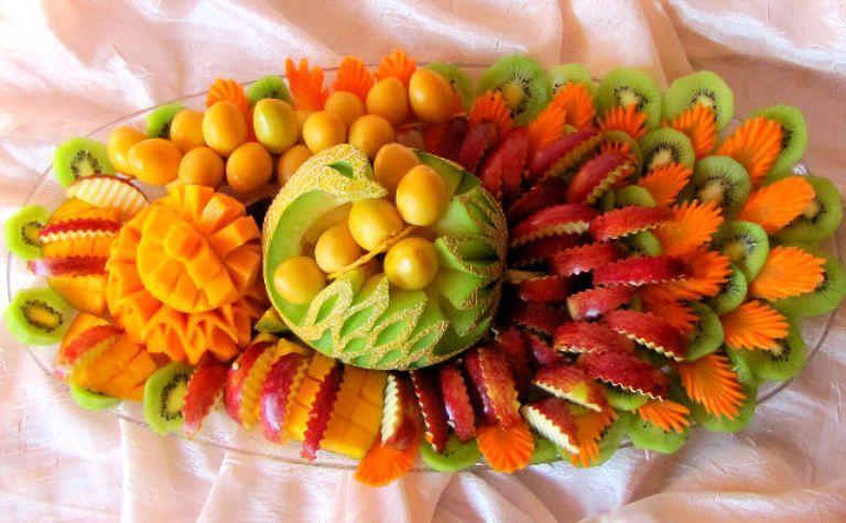 красиво подать фрукты на стол фото
