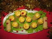 Приготовление блюда по рецепту - Праздничный салат фаршированный в фуршетные трубочки. Шаг 6