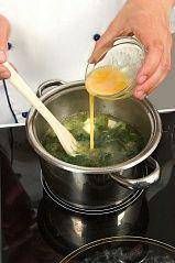 Приготовление блюда по рецепту - Борщ зеленый скрапивой. Шаг 3