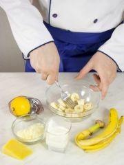 Приготовление блюда по рецепту - Говядина ссыром ибананами. Шаг 2