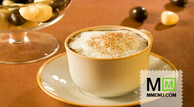 При подаче в охлажденные бокалы или стаканы положите кубики льда, залейте приготовленным кофе...  Ингридиенты.