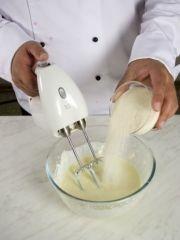 Приготовление блюда по рецепту - Манник (2). Шаг 1