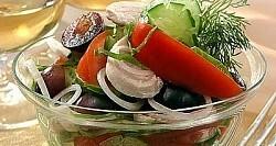Рецепт - Салат изкурицы свиноградом