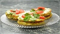 Оладьи из кабачков в виде закусочного тортика