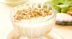 Рецепт - Творожный мусс смедом игрецкими орехами