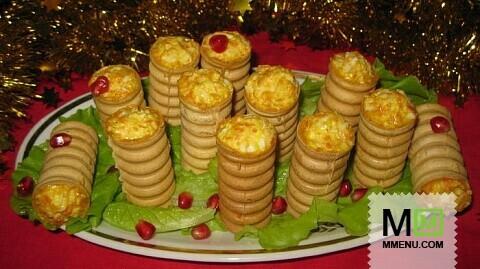 Праздничный салат фаршированный в фуршетные трубочки
