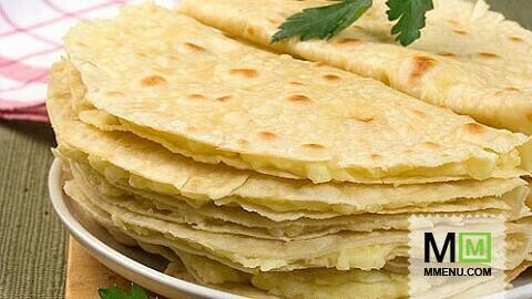 Татарская кухня кыстыбый с картошкой и луком